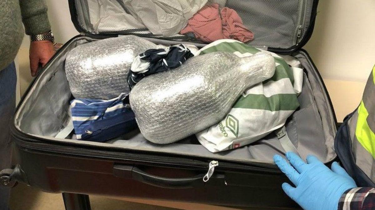 Secuestraron en Madrid más de 20 litros de éxtasis que traían hacia Argentina