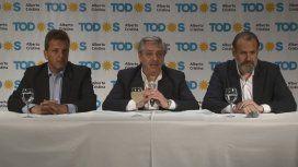 Alberto Fernández le pidió a Macri que, si pierde, no se enoje otra vez y no libere el dólar