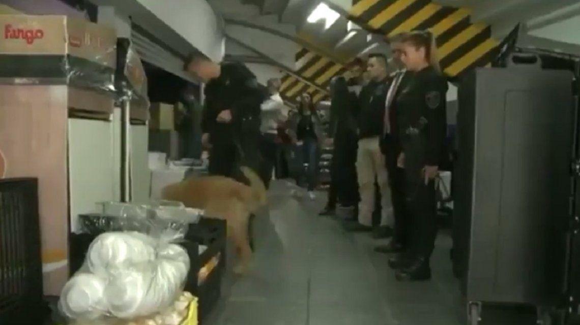 La Policía incautó palos en la Bombonera antes del Superclásico