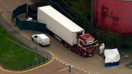 Reino Unido: hallan 39 cadáveres dentro de un camión