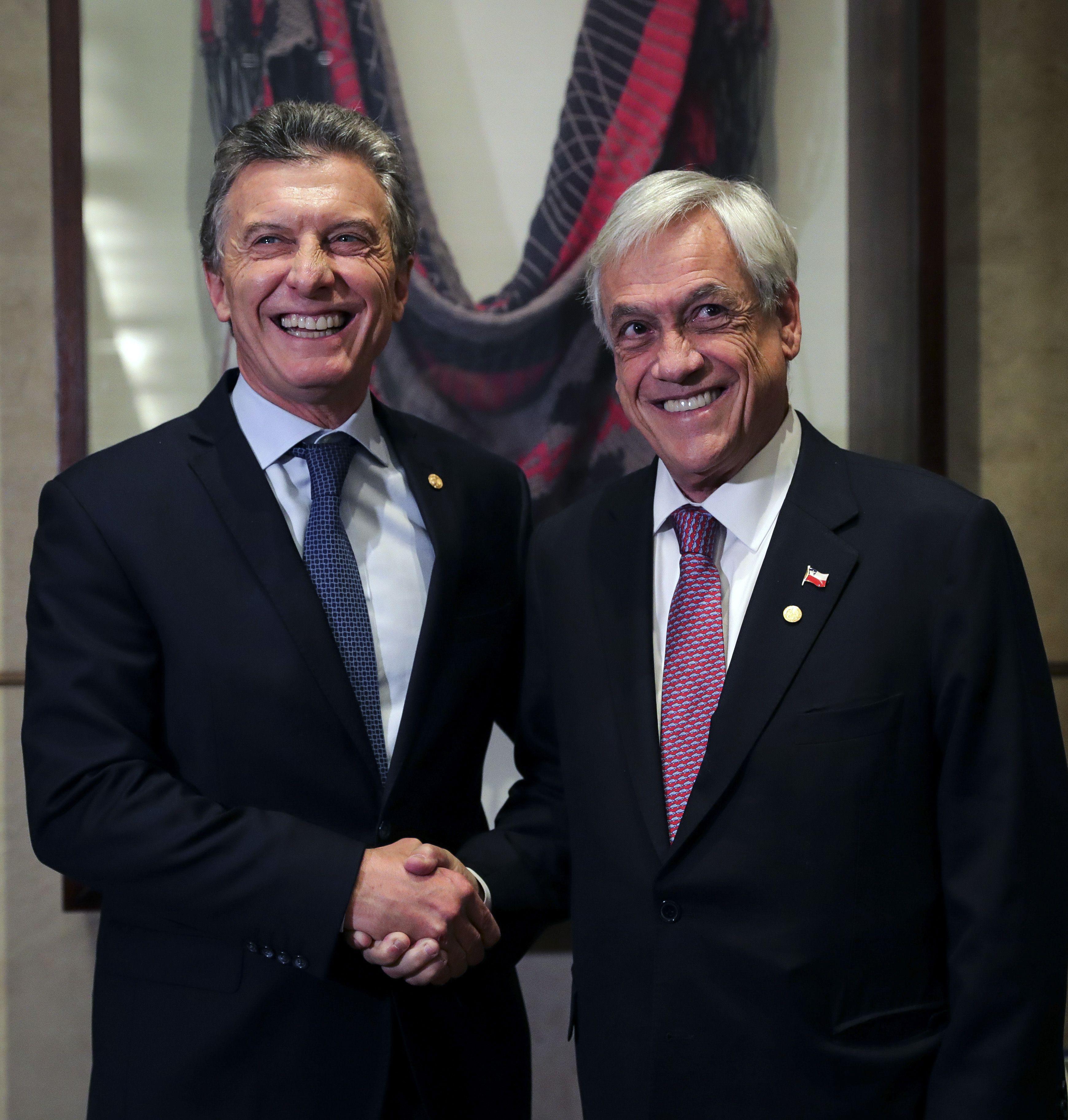 Macri, Vidal, Piñera: el mismo guión para la misma crisis