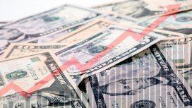 El dólar terminó octubre encerrado en el cepo y a $63