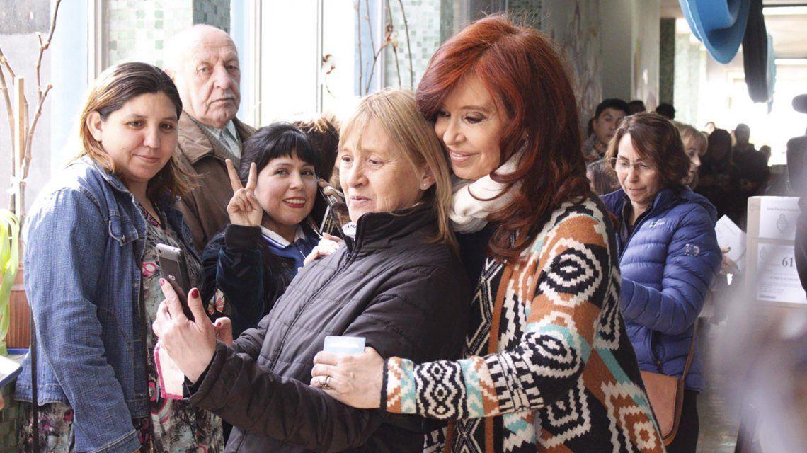 Votó Cristina Kirchner: Es un día muy importante para la democracia