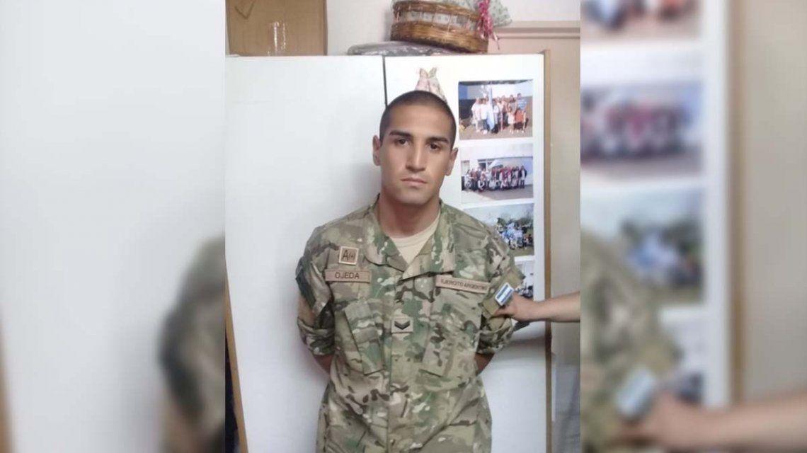 Detuvieron a un hombre que se hizo pasar por soldado en una escuela de Escobar
