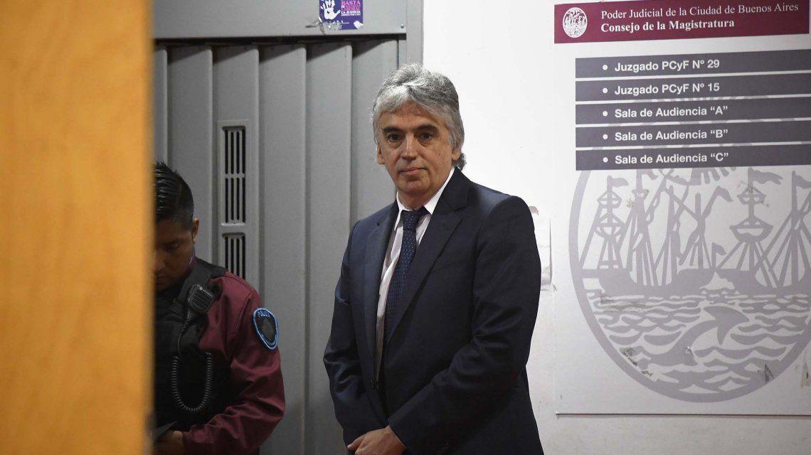 Ricardo Russo está acusado de producir y distribuir pornografía infantil