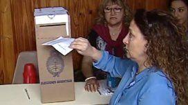 ¿Voto en blanco? ¿Corte de boleta?: qué hay detrás del sobre flaco de Michetti