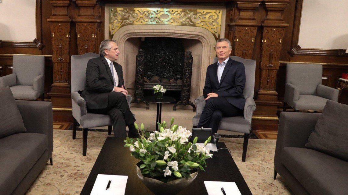 Los detalles de la reunión entre Alberto Fernández y Macri en Casa Rosada