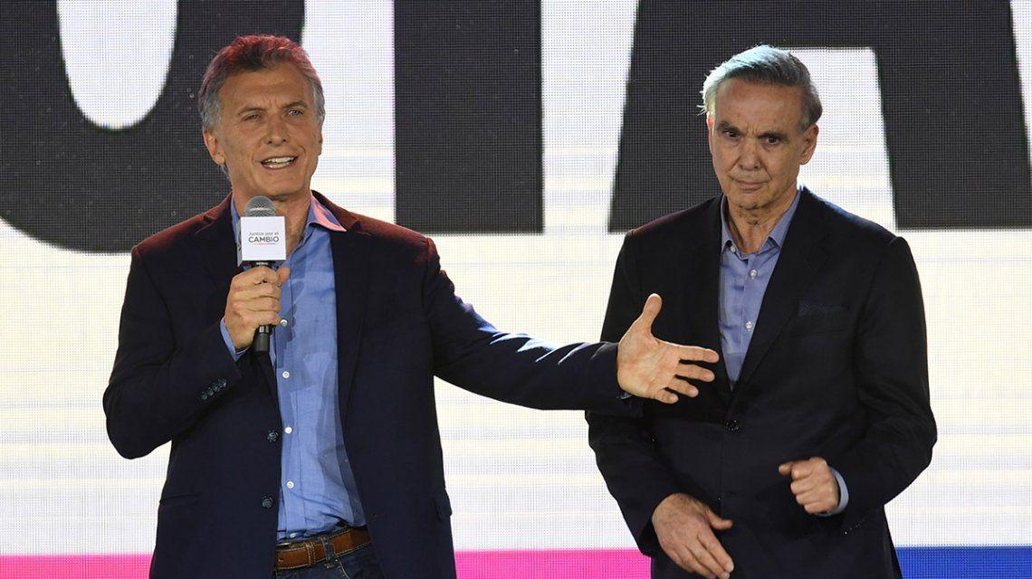Mauricio Macri recibió inyecciones de ozono para tratar su dolor de espalda