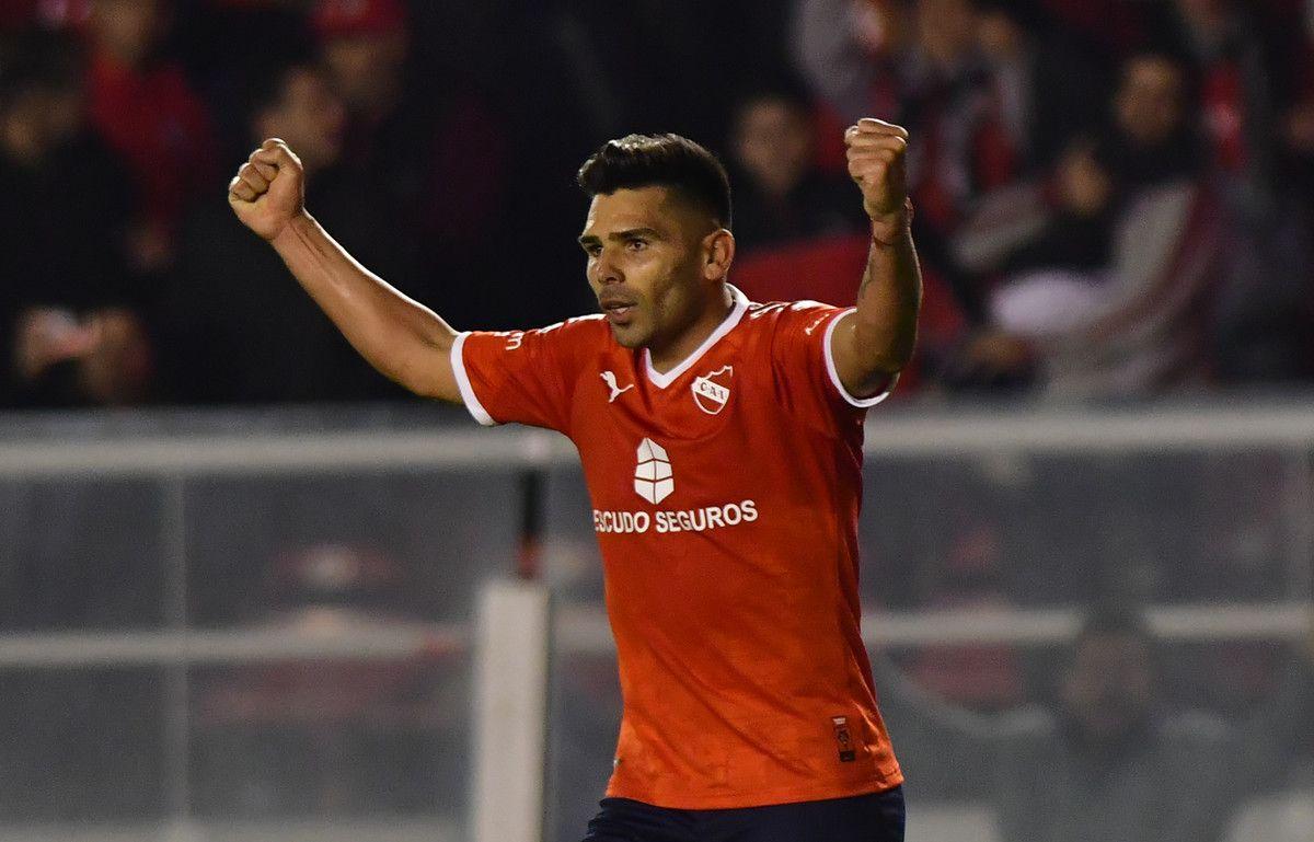 Otra mala para Independiente: suspendieron a Silvio Romero por términos descomedidos