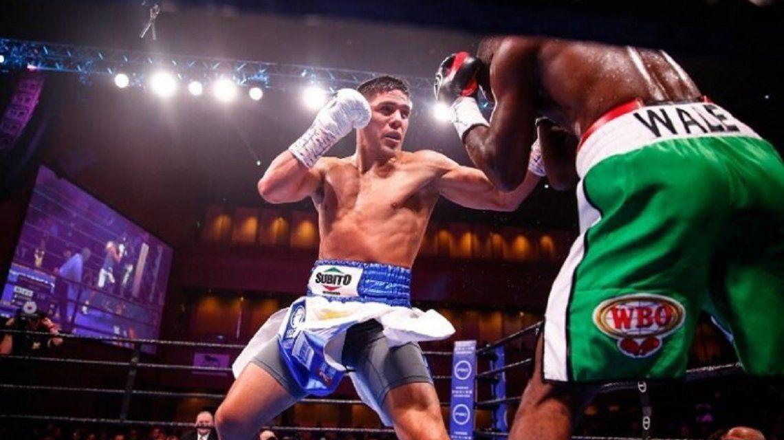 Boxeo: el KO técnico de Brian Castaño a Wale Omotoso