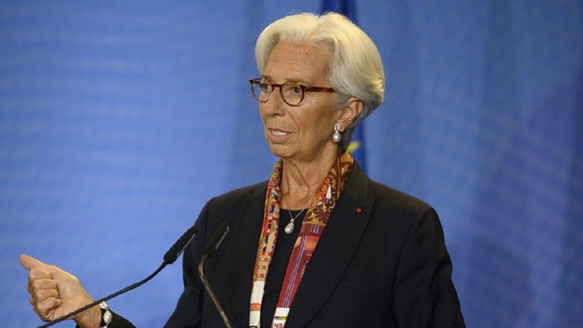 Christine Lagarde: Deberíamos estar más felices de tener trabajo que de tener ahorros