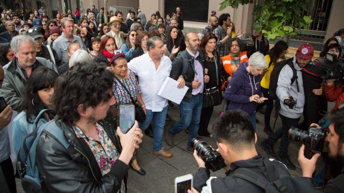 Rigoberta Menchú encabeza una misión a Chile para verificar violaciones a los Derechos Humanos