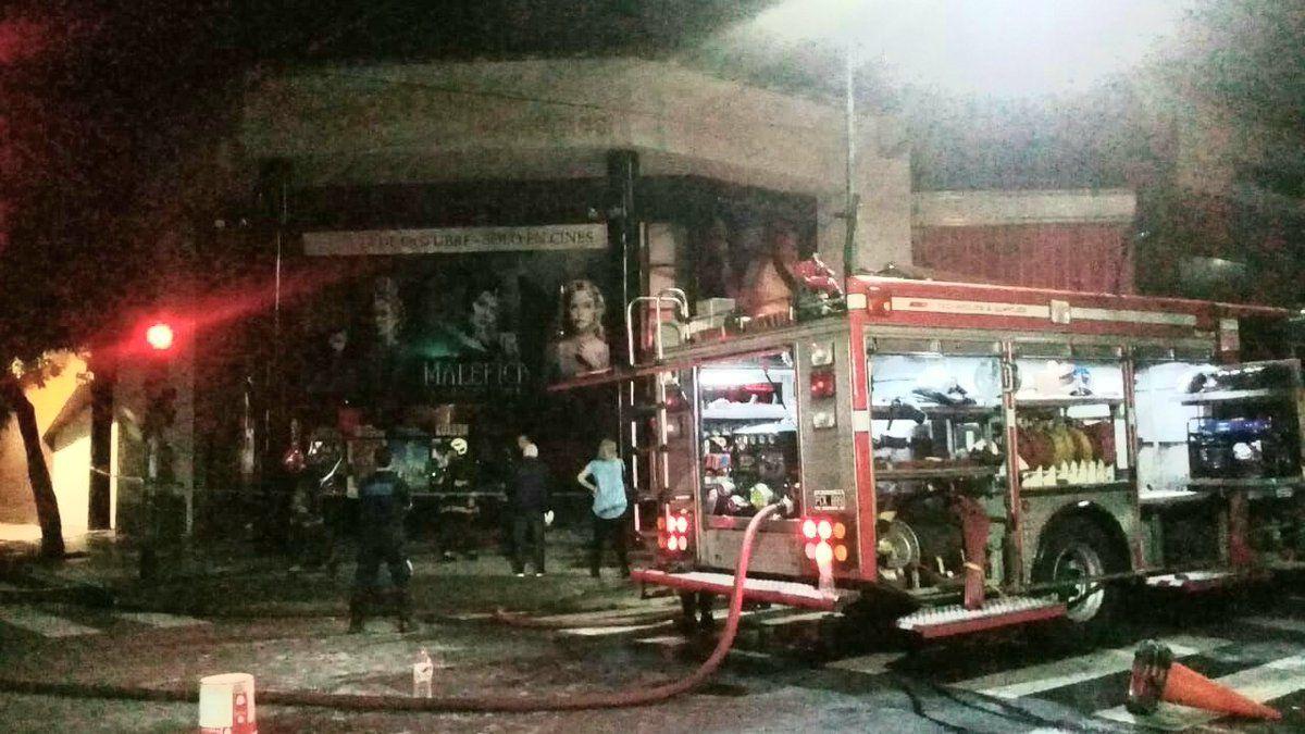Se incendió un reconocido cine del barrio porteño de Belgrano