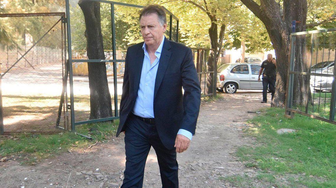 Cristóbal López acusa a Macri de aprietes para quedarse con C5N y encarcelar a CFK