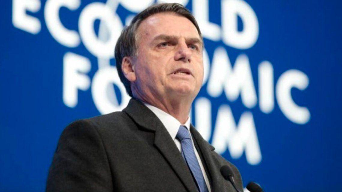 Bolsonaro anunció el cierre de tres multinacionales en la Argentina, lo desmintieron y borró el mensaje