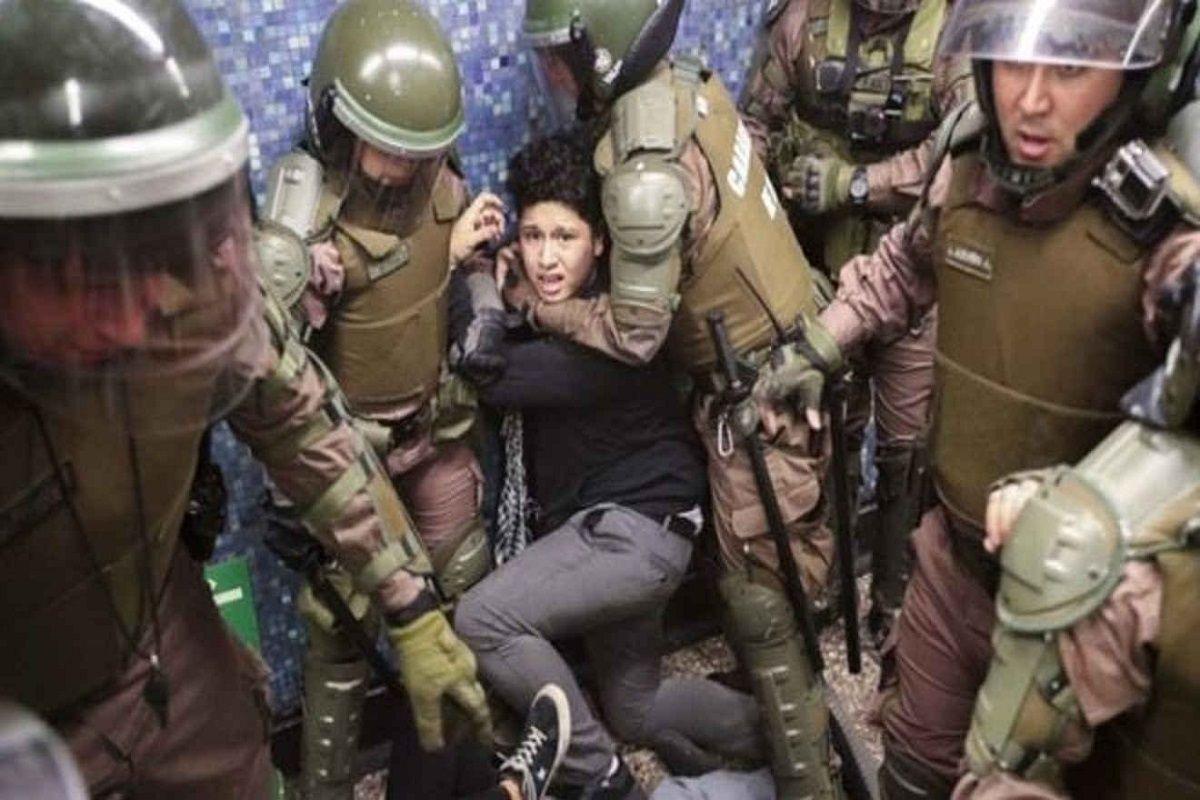 Chile: para el General Director de Carabineros, los excesos de sus subordinados son bastante aceptables