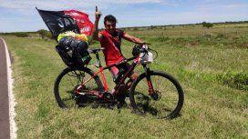 Jorge hará más de 700 kilómetros en bicicleta para ver a Colón