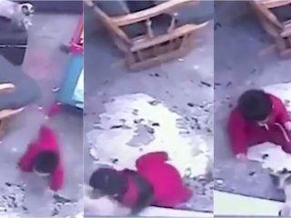 video: el gato de la familia salvo a un bebe de caerse por las escaleras