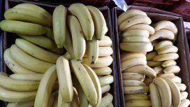 El kilo de banana cuesta hasta $160: la razón