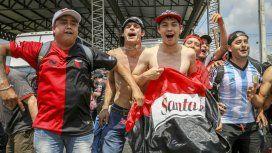 Colón es local en Paraguay: en Asunción hay más de 39 mil hinchas sabaleros y unos 500 de Independiente de Valle