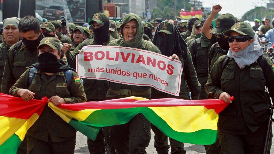 Sobrevivientes, testigos y querellantes de la causa ESMA repudiaron el golpe en Bolivia