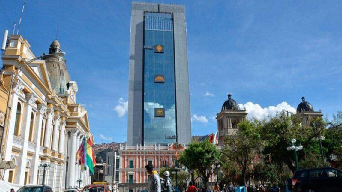 Sin presidente ni vice: ¿quién se quedará con el poder en Bolivia tras el Golpe? - Minutouno.com