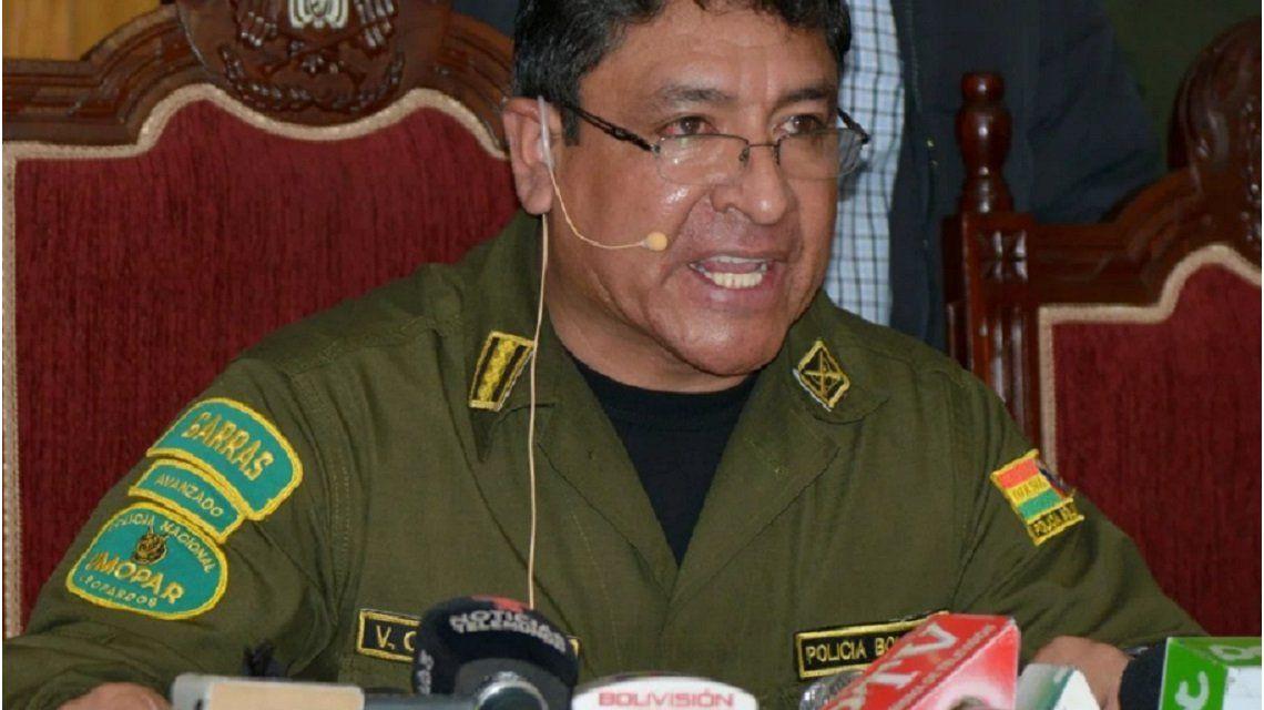 Renunció Vladimir Yuri Calderón, el jefe de la Policía de Bolivia que le pidió a Evo Morales que dejara el poder