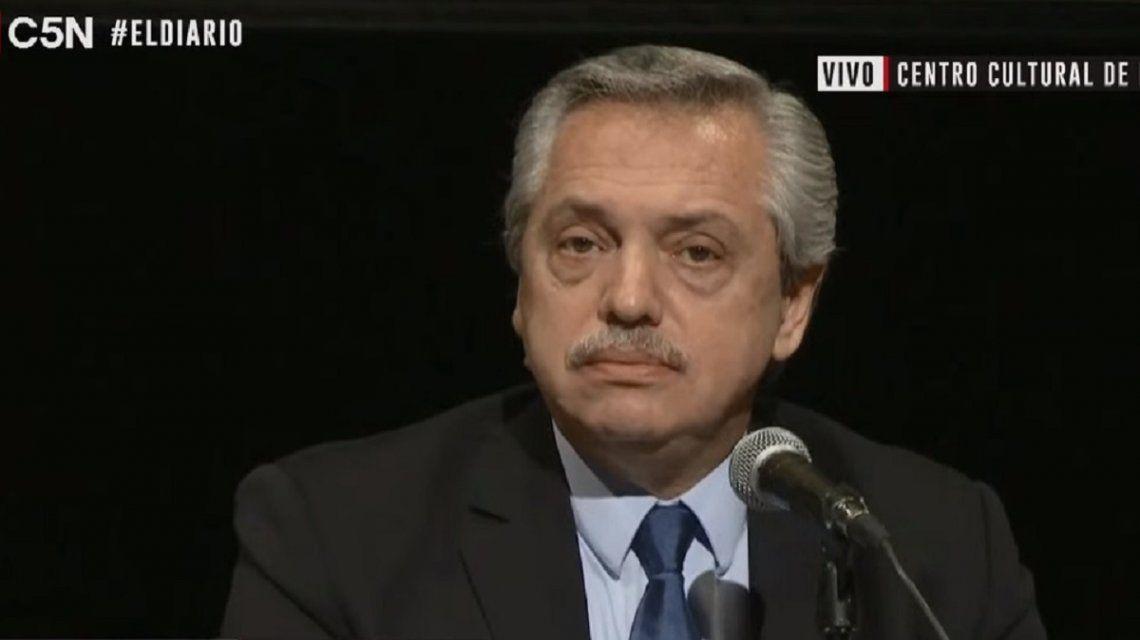 Alberto Fernández desmintió haber acordado con el gobierno de Macri la suba de combustibles