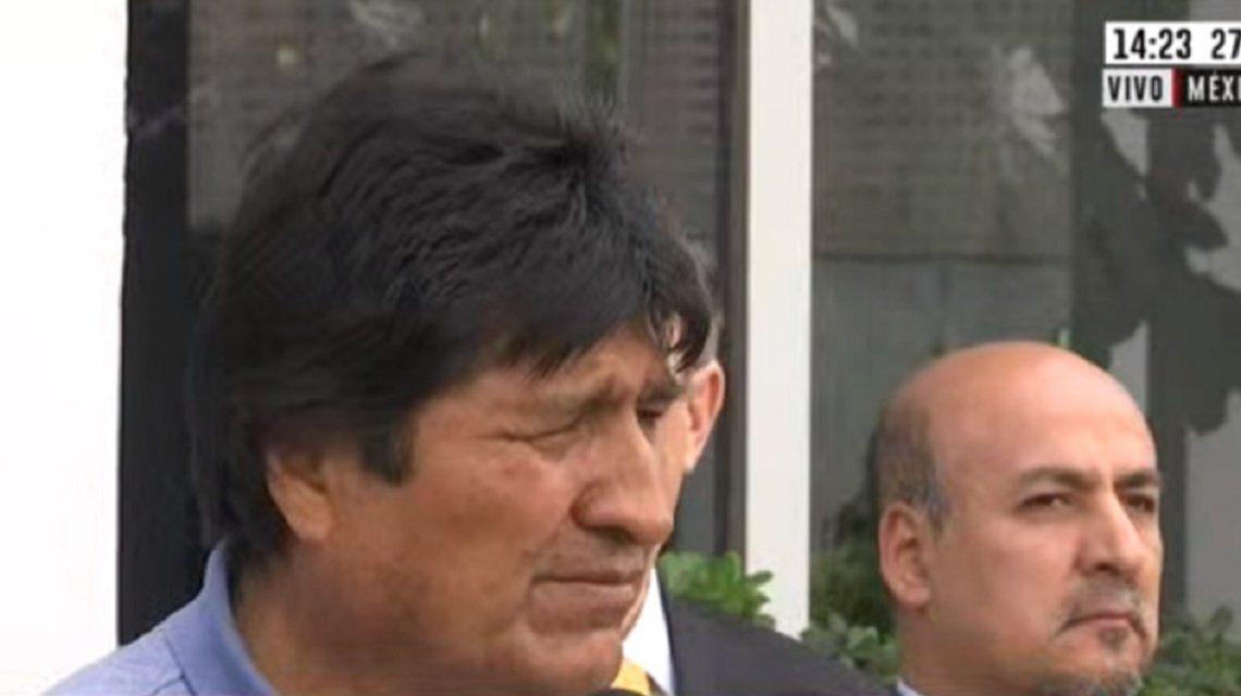 Evo Morales llegó a México: Si algo de delito tengo, es que soy indígena