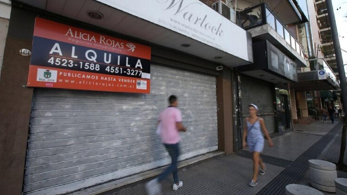 Cierran cinco locales por día en la Ciudad: un 30% más que hace un año