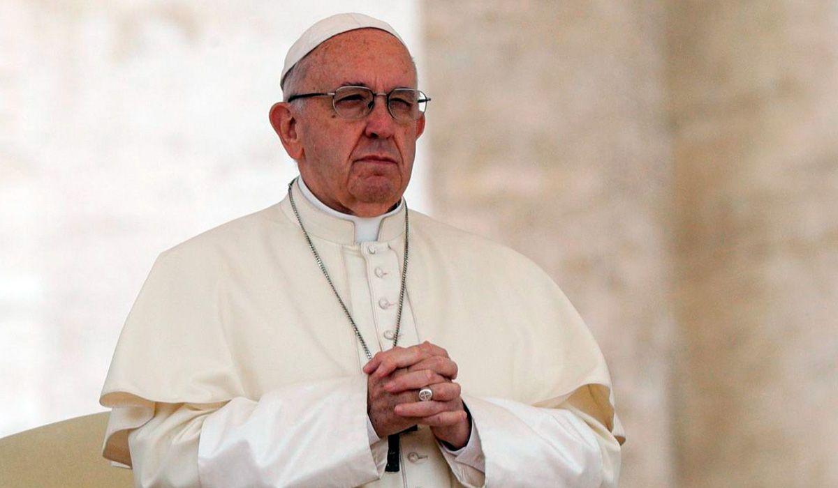 Francisco rechazó que haya curas casados en la Iglesia