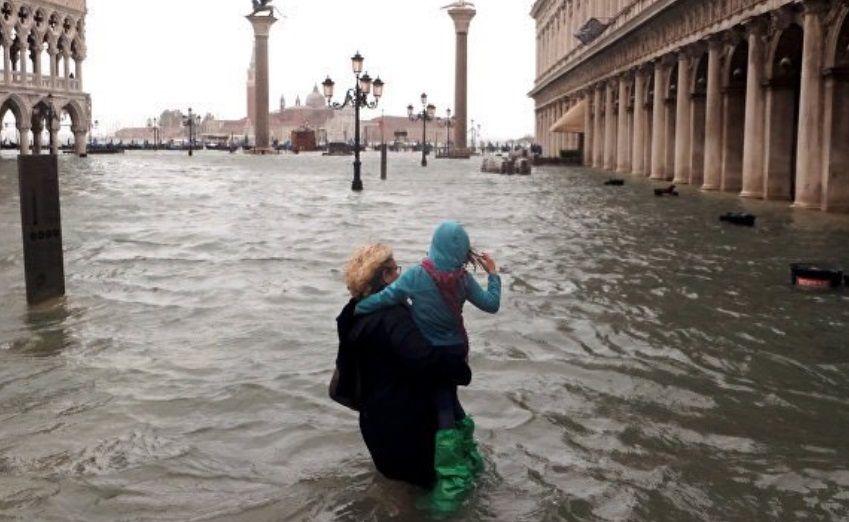 Devastación apocalíptica: el 80 por ciento de Venecia está bajo el agua