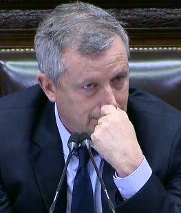 Monzó se quebró al recibir los elogios de Camaño en la última sesión en Diputados