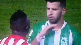 El repudiable gesto de un futbolista uruguayo que generó indignación en Colombia