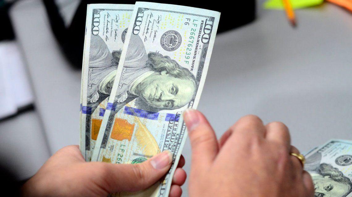 Antes del cepo recargado, casi 2,6 millones de personas compraron u$s4.200 millones