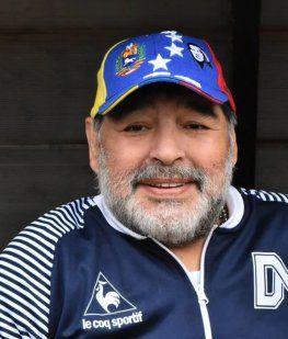 Fulminante mensaje de Maradona a Riquelme antes de las elecciones en Boca