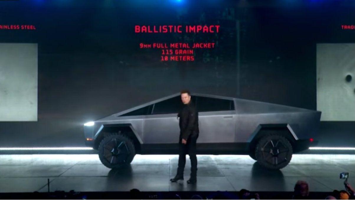 Papelón de Elon Musk al presentar el Cybertruck, la pickup de Tesla