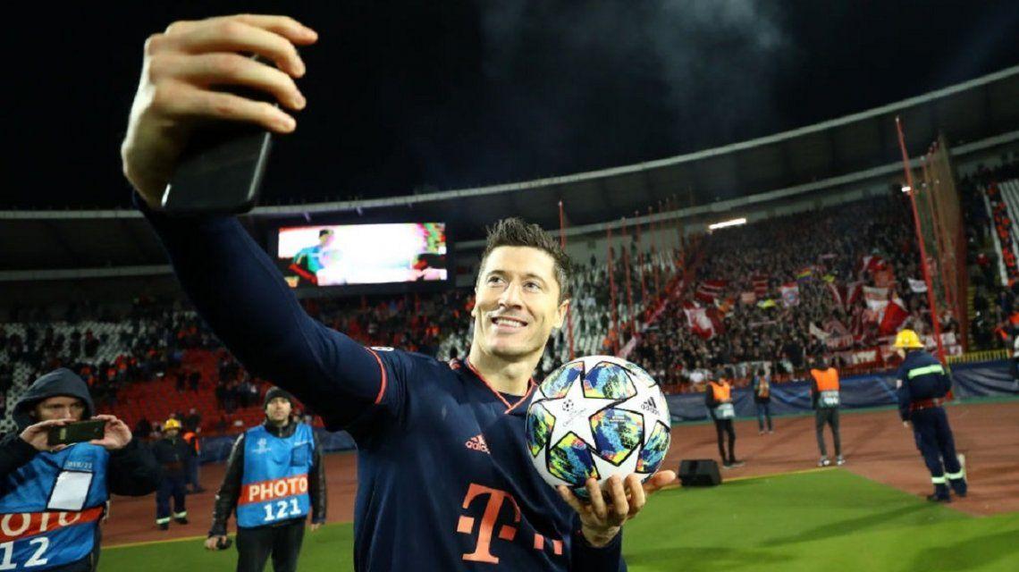 Cuatro goles en 15 minutos: Robert Lewandowski igualó un récord de Messi y superó uno de Cristiano Ronaldo