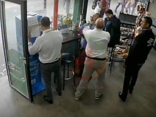 echaron al inspector que agredio a un chico con capacidades diferentes
