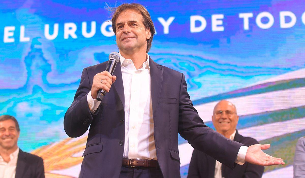 Elecciones en Uruguay: Luis Lacalle Pou se impuso a Daniel Mártinez y será el nuevo presidente