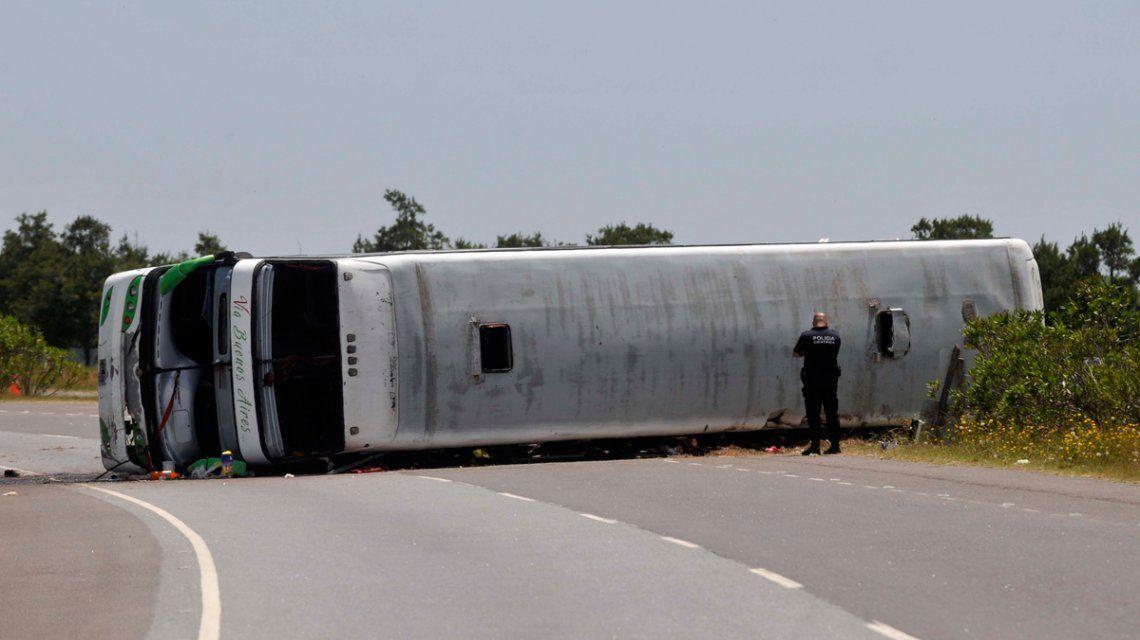 Los chicos accidentados en la ruta 2 no saben que murieron sus compañeras