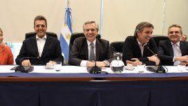 Diputados: Alberto asistió a la reunión donde se oficializó a Máximo como jefe del bloque