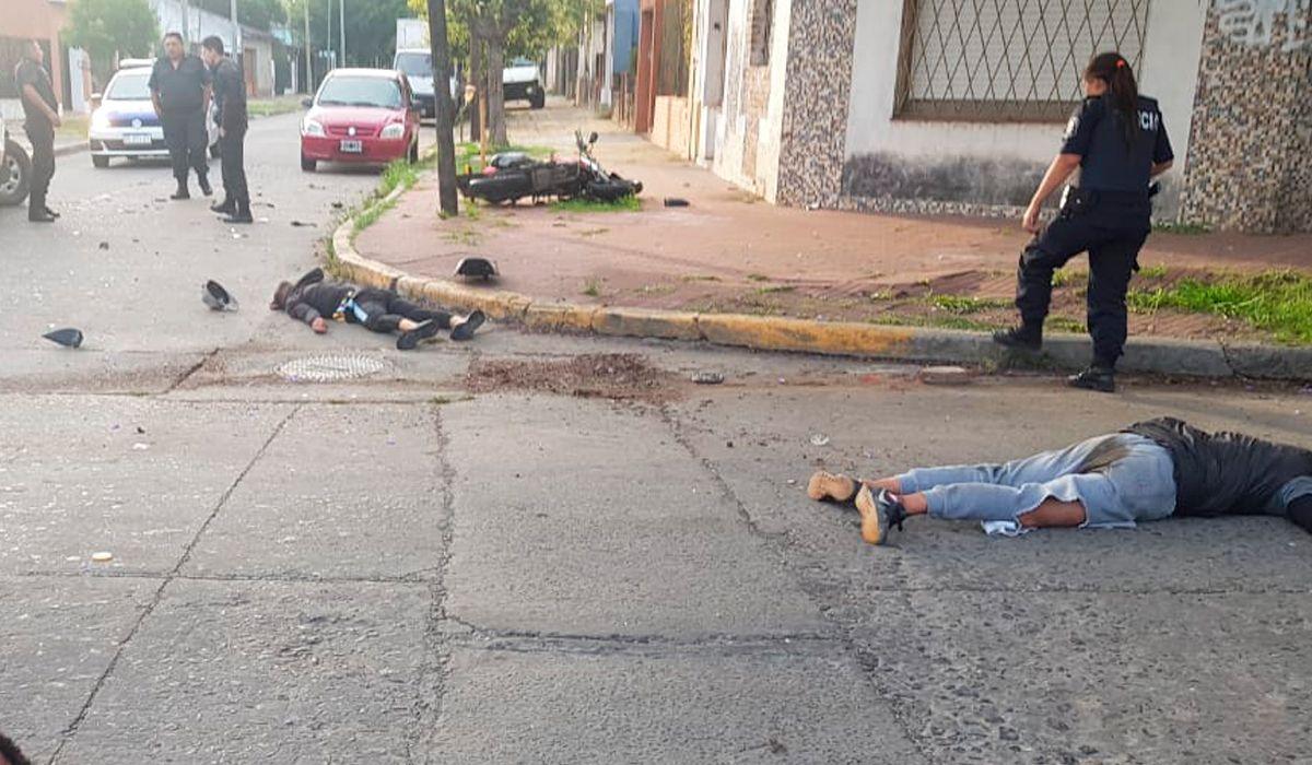 San Martín: un delincuente murió tras chocar contra un patrullero mientras escapaba en una moto robada