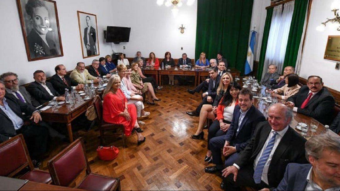 Senado: Carlos Menem y Adolfo Rodríguez Saá se sumaron al Frente de Todos