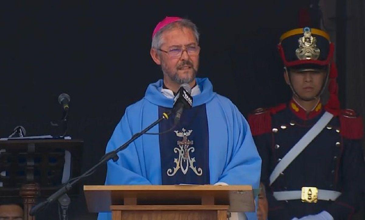 Luján: frente a Macri y Alberto Fernández, la Iglesia pidió devolver derechos y oportunidades a los pobres