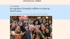 Alberto Fernández deberá limpiar el desastre de Macri, titula FT
