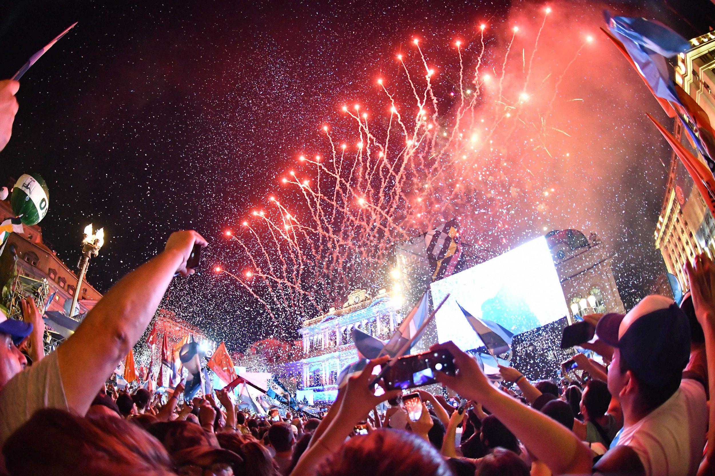 Tras el discurso de Alberto Fernández hubo un show de fuegos artificiales