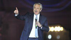 Alberto Fernández frenó a los militantes que cantaban contra el ex presidente