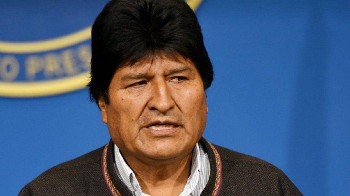 La dictadura de Bolivia pidió a Interpol la captura de Evo Morales
