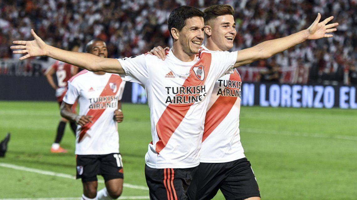 Nacho Fernández celebra su gol